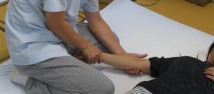 特別な手技治療のイメージ